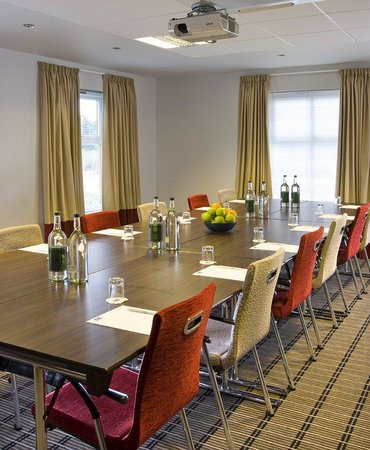 Holiday Inn Express Bristol - North : Host your next meeting at our Holiday Inn Express hotel in Bristol
