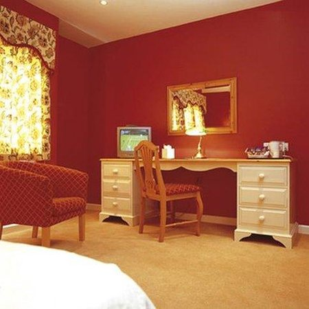 Bailbrook House: Guest Bedroom