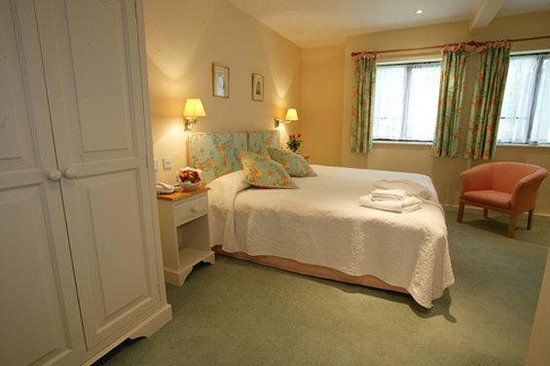 Bailbrook House: Guest room