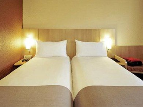 Ibis Wellingborough: Guest Room