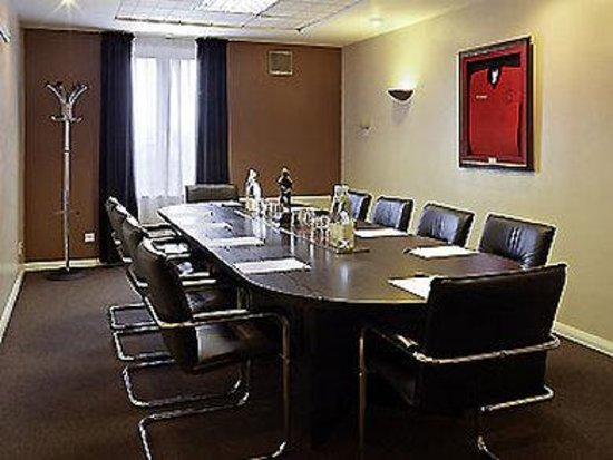 Ibis Rugby East: Meeting Room