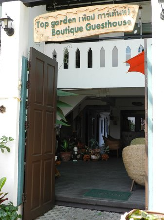Top Garden Boutique Guesthouse: Entrance