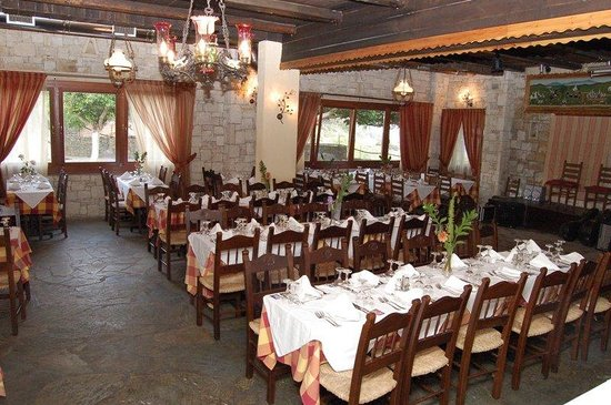 Arolithos Traditional Cretan Village: Restaurant