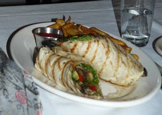 Chelsea, MI: The one veggie dish on the menu - boring grilled veggies in bread