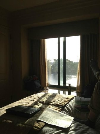 Embassy Suites Sacramento - Riverfront Promenade: Room with a view