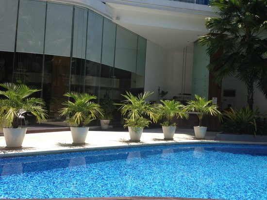 Dusit D2 Baraquda Pattaya Hotel: The pool