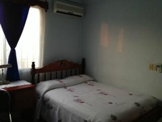 Casa Blanca Guest House: Our Room