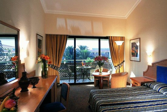 Amathus Beach Hotel Paphos: Limited Sea View Room