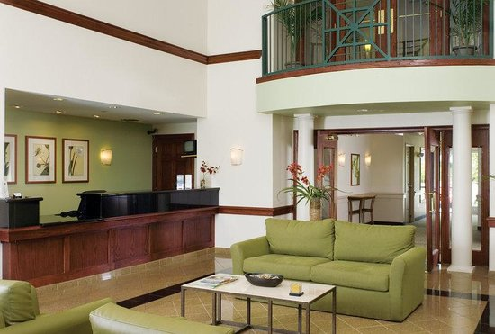 Extended Stay America - Albuquerque - Rio Rancho: Lobby and Guest Check-in