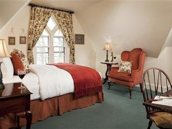 The Sayre Mansion Inn: Other Hotel Services/Amenities