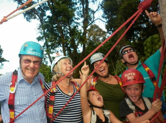 Cape Tribulation, Australi: Family fun! - 3 generations above the Daintree rainforest canopy
