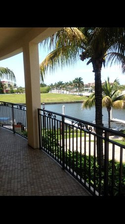 Naples Bay Resort: The views