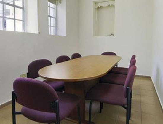 Howard Johnson Downtown Mayaguez: Meeting Room