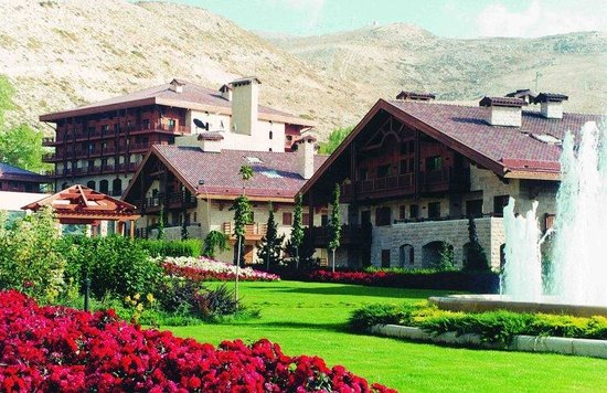 Kfardebian, Lebanon: Hotel Exterior-  Summer season