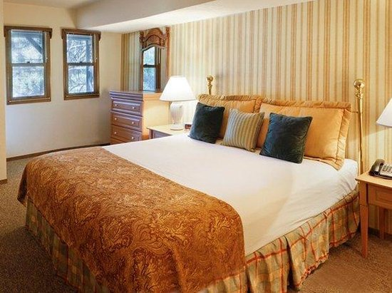 Mountain Retreat Resort: Mtr Master Bedroom