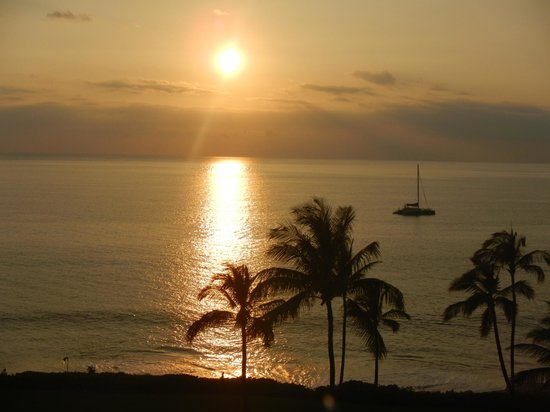 Makena, : Sunset from our balcony. EVERY night--BLISS.