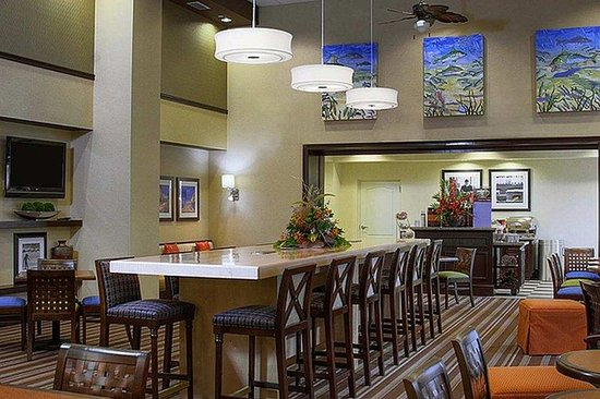 ‪‪Hampton Inn & Suites Stuart-North‬: Lounge Area‬