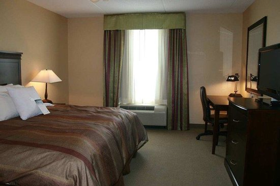 Homewood Suites Sudbury Ontario: One Bedroom Suite