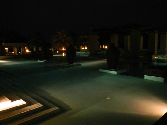 Bab Al Shams Desert Resort &amp; Spa: piscina hotel
