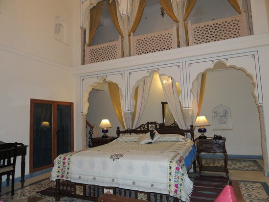 Dera Mandawa: Our bedroom
