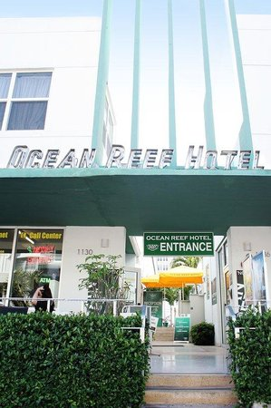 Ocean Reef Suites: facade