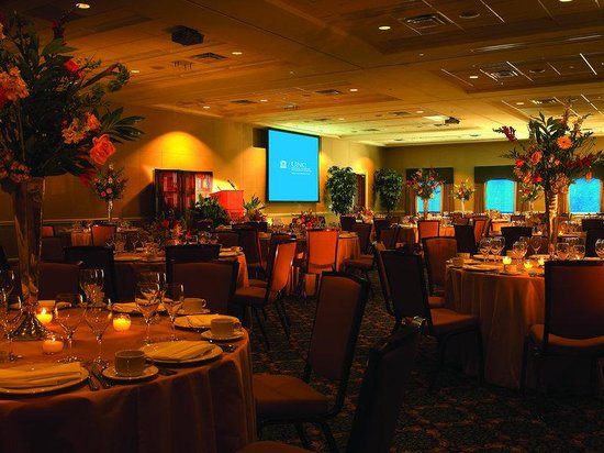Rizzo Conference Center: Magnolia Room Set Banquet Style