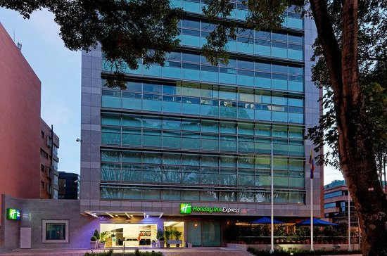 Holiday Inn Express Bogota: Hotel Exterior