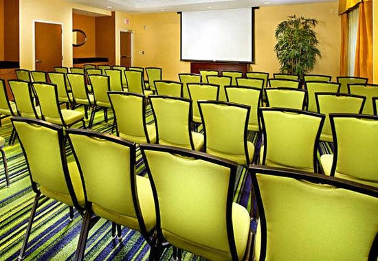 Fairfield Inn & Suites Chattanooga I-24/Lookout Mountain: Meeting Room