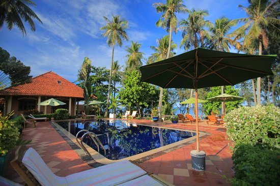 ‪‪Cassia Cottage - The Spice House‬: Pool side‬