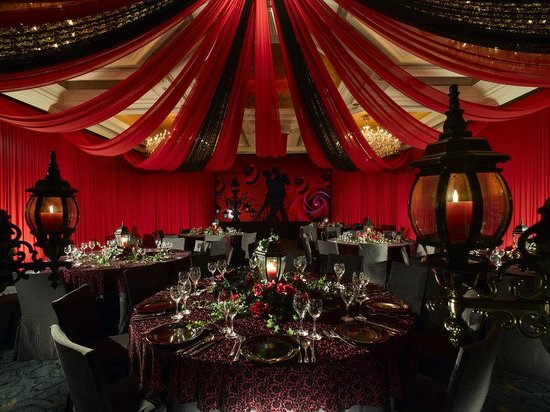 Holiday Inn Golden Mile: Theme Party at Crystal Ballroom