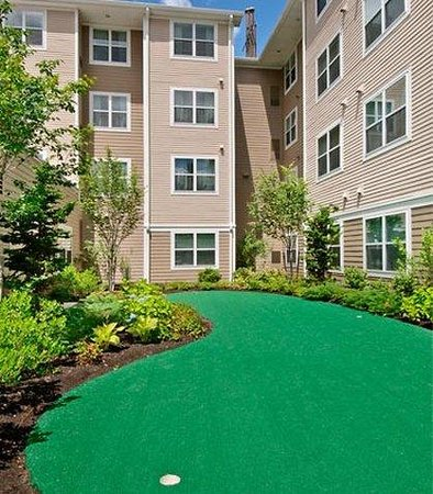Residence Inn North Conway: Putting Green