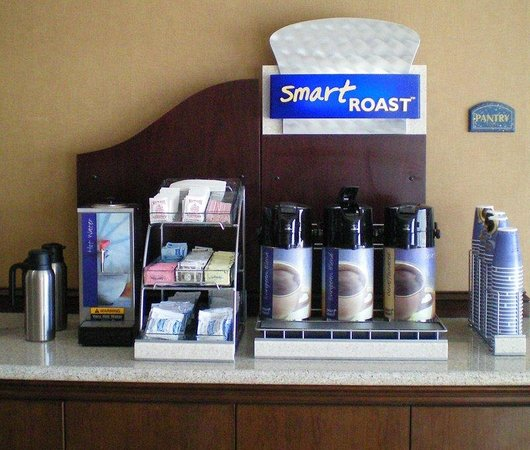 Holiday Inn Express Hotel &amp; Suites San Antonio NW Near Seaworld: Coffee Bar