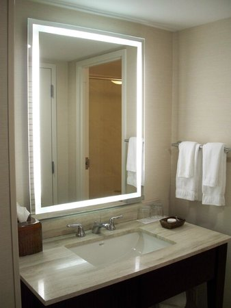 Buena Vista Palace Hotel & Spa: Bathroom mirror