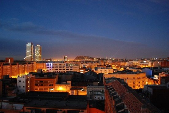Hotel 4 Barcelona : CITY VIEW