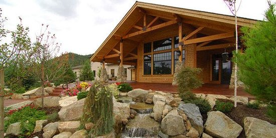 The Lodge at Riverside: Schmidt Family Vineyards