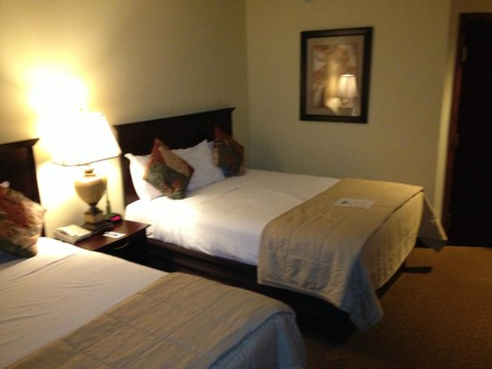 Island Resort & Casino: Executive Suite bedroom