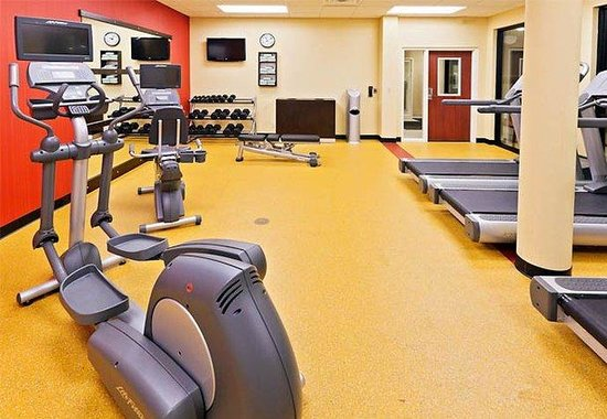 Courtyard by Marriott Tulsa Woodland Hills: Fitness Center