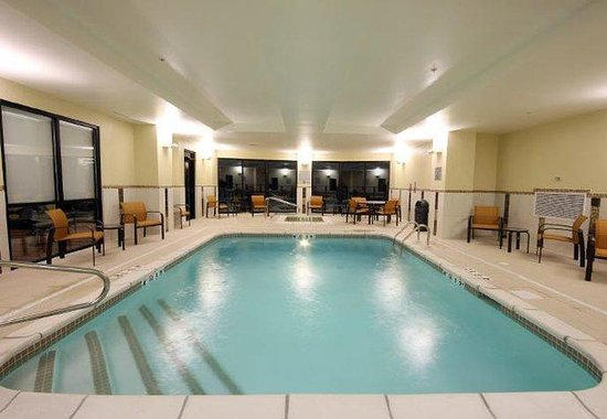 D&#39;Iberville, MS: Indoor Pool