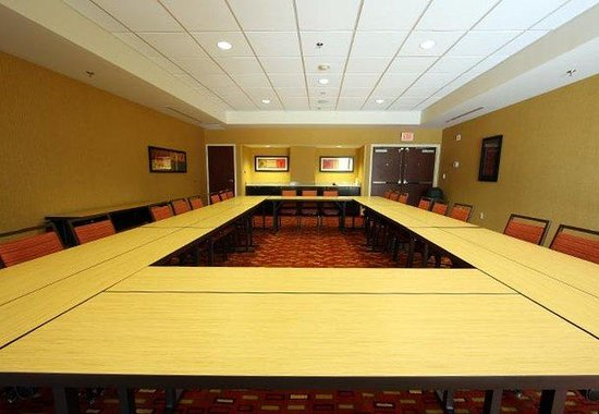 D'Iberville, MS: Meeting Room