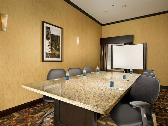 La Quinta Inn & Suites Denton - University Drive: Meeting Room