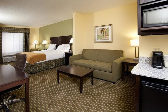 Holiday Inn Express Hotel &amp; Suites Saint Augustine North: Holiday Inn Express and Suites St Augustine King Suite
