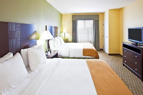 Holiday Inn Express Hotel &amp; Suites Saint Augustine North: Holiday Inn Express and Suites St Augustine Two Queen Beds