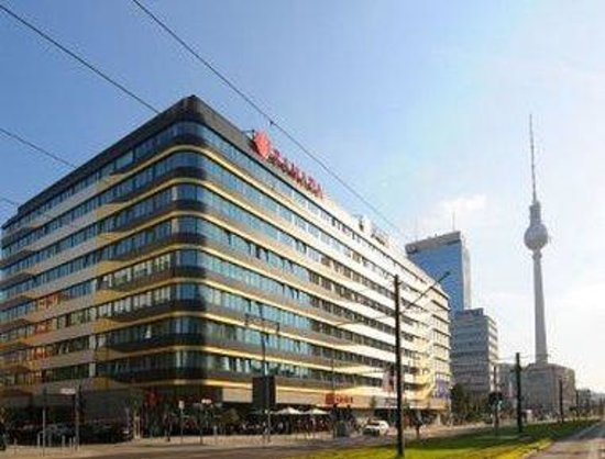 Ramada Hotel Berlin-Alexanderplatz: Welcome to the Ramada Berlin Alexanderplatz