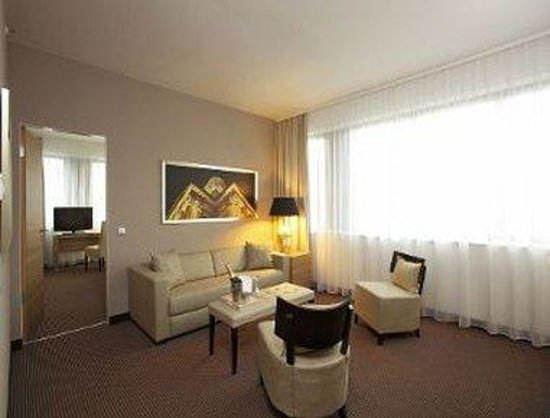 Ramada Hotel Berlin-Alexanderplatz: Suite