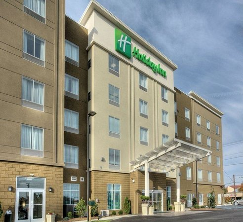 Christiansburg, VA: We are the NEW Holiday Inn Hotel