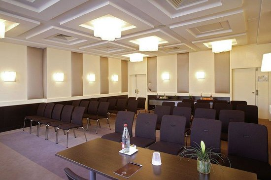 Hotel Gray d'Albion: MEETING ROOM