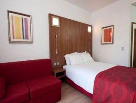 Ramada Encore Leicester: 1 Bed Guest Room
