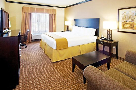 Holiday Inn Express &amp; Suites Corpus Christi