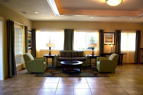 Holiday Inn Express Portland East-Troutdale: Lobby