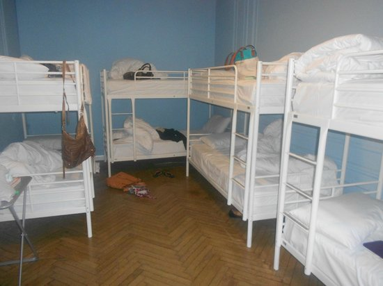 Hostel Duo: Shared dorms